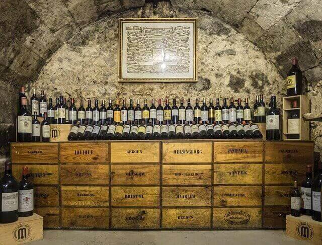 Wijnkelder AGT Huysen wijnbouw